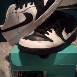 "Nike Dunk Low Premium SB ""Yin Yang"""